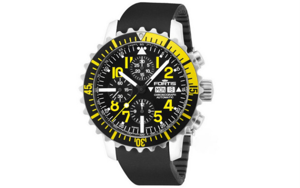 Fortis Marinemaster Chronograph Yellow 01